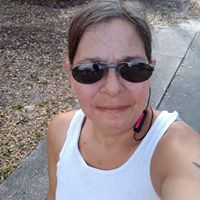 Laurie K. reviews